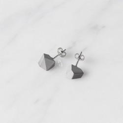 (白色特價中)臺灣 二十二 22 Design Studio 岩耳環(三色可選)