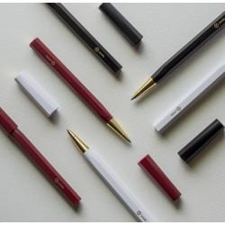 臺灣 Y studio:物外設計 文字的重量 平衡系列 鋼珠筆(三色可選)