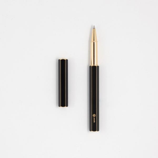 臺灣 Y studio:物外設計 文字的重量 露銅 鋼珠筆